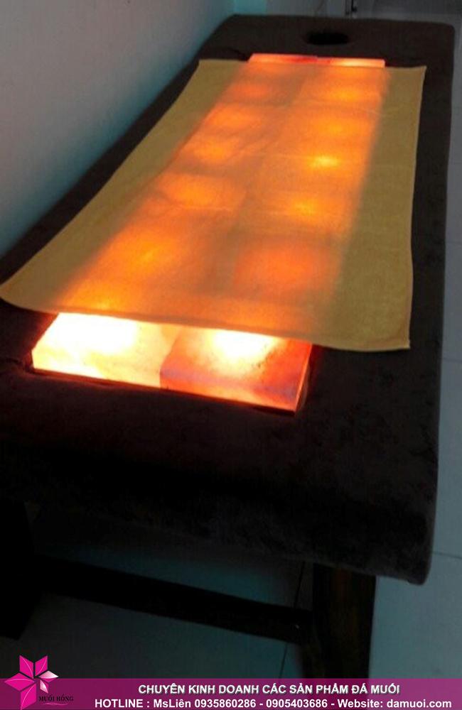 Bật mí cấu tạo, công dụng và cách sử dụng giường đá muối nóng 1