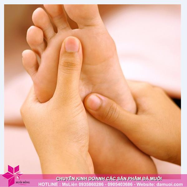 Mẹo chăm sóc đôi chân trong những ngày mùa đông 2